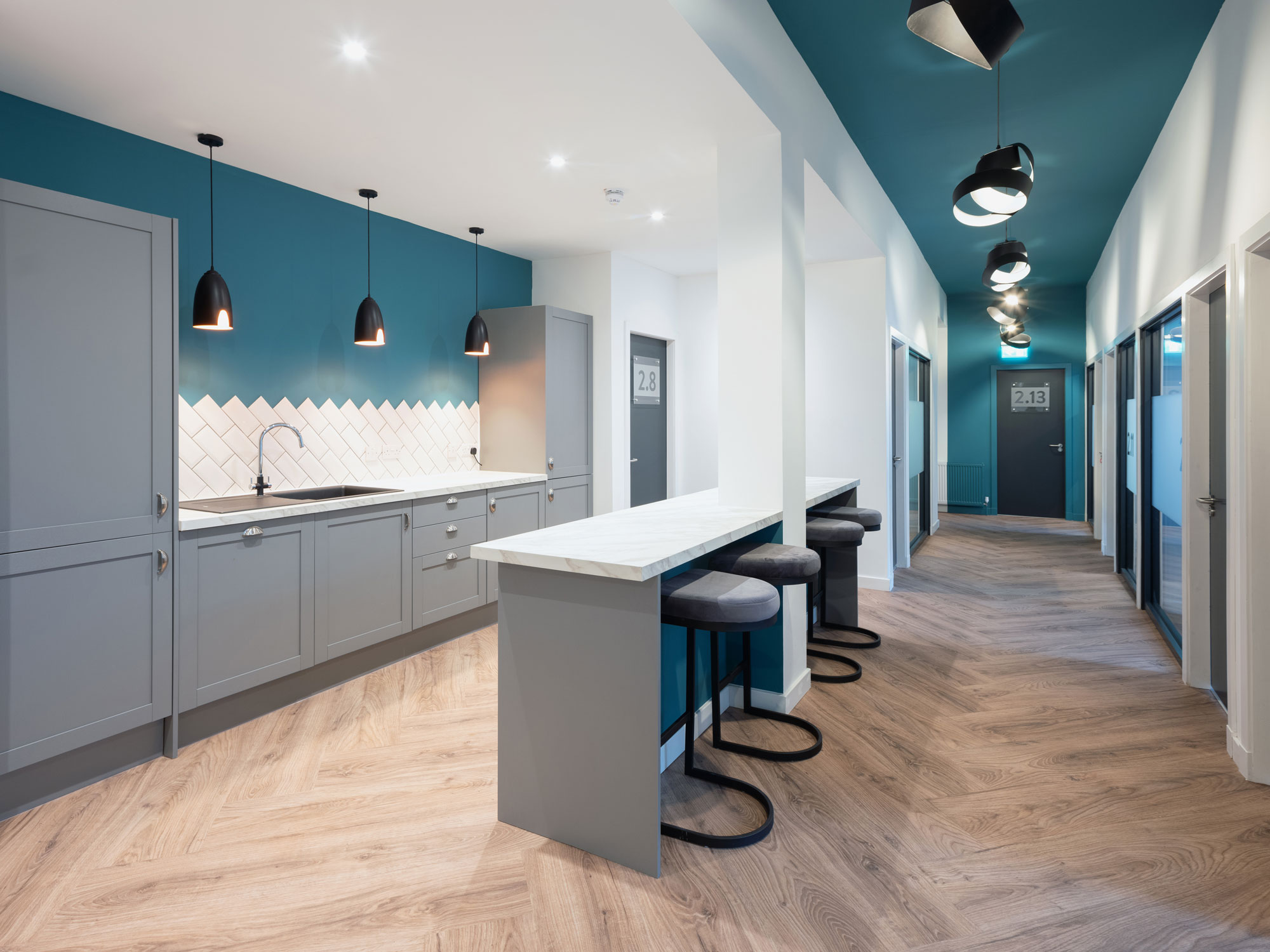 Office space to rent Glasgow with kitchen facilities